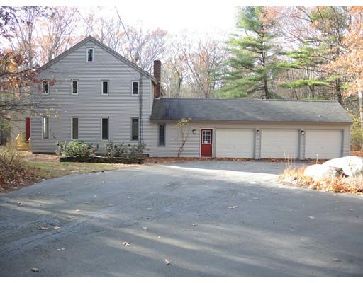 Single Family Home for Sale at 195 Farm Street Millis, Massachusetts 02054 United States