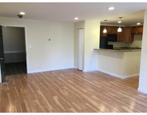 Additional photo for property listing at 324 Washington Street  韦尔茨利, 马萨诸塞州 02481 美国