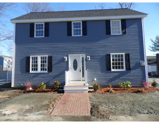 Single Family Home for Sale at 139 Grove Avenue Wilmington, Massachusetts 01887 United States