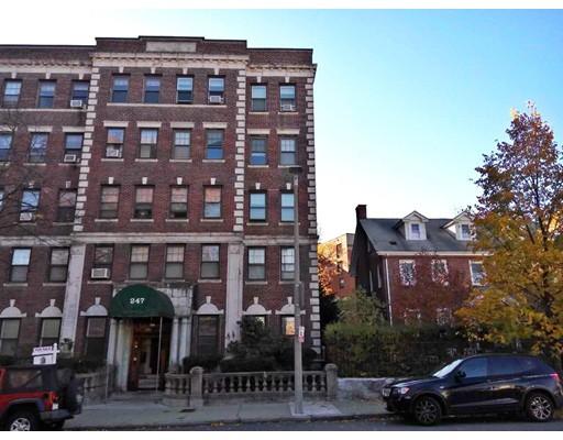 Casa Unifamiliar por un Alquiler en 247 Chestnut Hill Avenue Boston, Massachusetts 02135 Estados Unidos