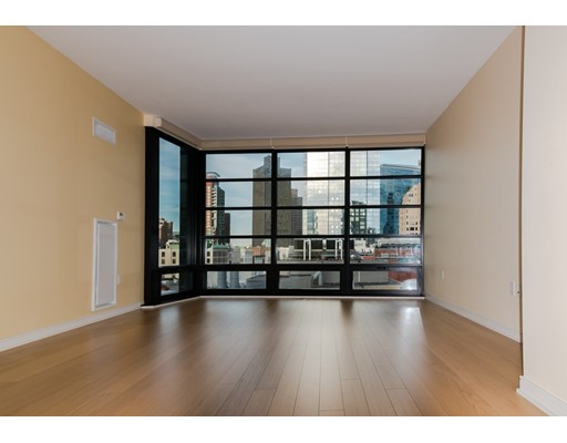 Additional photo for property listing at 580 Washington Street  Boston, Massachusetts 02111 Estados Unidos