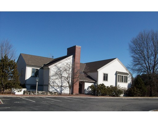 Commercial pour l à louer à 676 Elm Street 676 Elm Street Concord, Massachusetts 01742 États-Unis