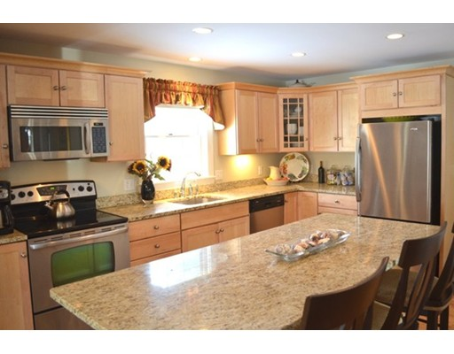 Additional photo for property listing at 1 Birch Grove Heights  Gloucester, Massachusetts 01930 Estados Unidos