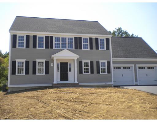 Maison unifamiliale pour l Vente à 9 Colonial Drive Bridgewater, Massachusetts 02324 États-Unis