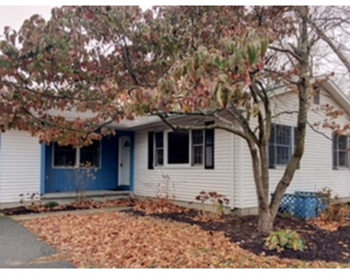 Single Family Home for Rent at 1197 Converse St #1 1197 Converse St #1 Longmeadow, Massachusetts 01106 United States