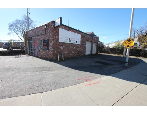 50 Harding Street, Worcester, MA 01608