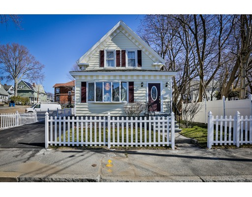 25 Middlebury, Lawrence, MA 01841