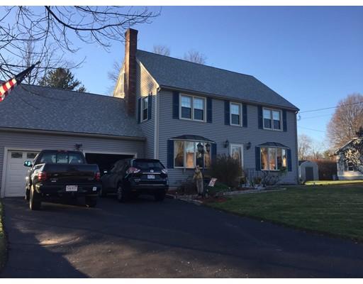 Частный односемейный дом для того Продажа на 12 Reagan Road Milford, Массачусетс 01757 Соединенные Штаты