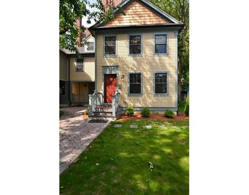 Casa Unifamiliar por un Venta en 39 Oxford Street 39 Oxford Street Somerville, Massachusetts 02143 Estados Unidos