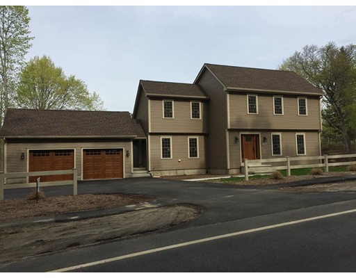 Single Family Home for Sale at 186 College Hwy Southampton, Massachusetts 01073 United States