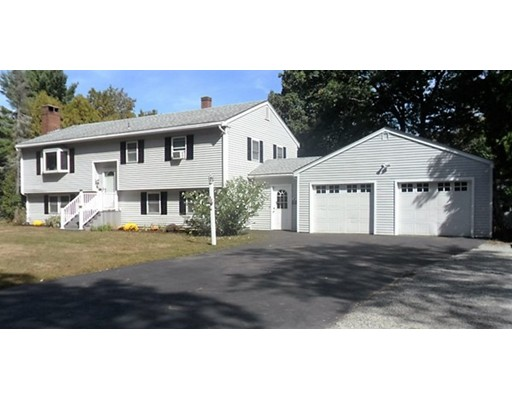 Single Family Home for Sale at 50 Bear Hill Road Newton, New Hampshire 03858 United States