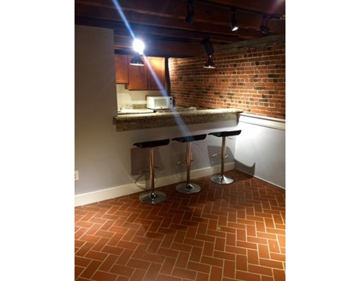 Additional photo for property listing at 166 Commercial Street 166 Commercial Street Boston, Massachusetts 02109 United States