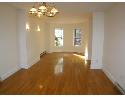 Casa Unifamiliar por un Alquiler en 35 Concord Sq Boston, Massachusetts 02118 Estados Unidos