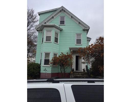 Casa Multifamiliar por un Venta en 134 Vine Street Everett, Massachusetts 02149 Estados Unidos
