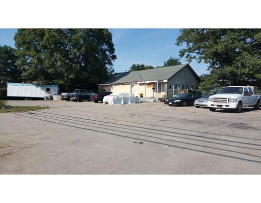 商用 为 出租 在 1115 N. Montello 1115 N. Montello 布罗克顿, 马萨诸塞州 02301 美国
