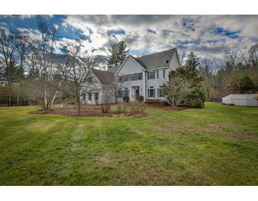Single Family Home for Sale at 11 Hills Farm Lane Hollis, New Hampshire 03049 United States