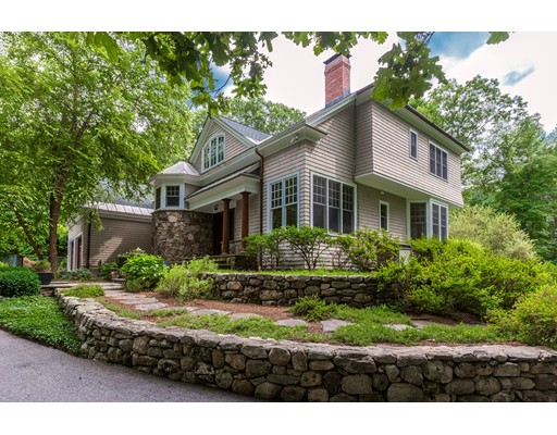 Maison unifamiliale pour l Vente à 136 Weston Road 136 Weston Road Lincoln, Massachusetts 01773 États-Unis