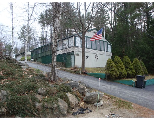 Maison unifamiliale pour l Vente à 146 Beachview Drive Winchendon, Massachusetts 01475 États-Unis