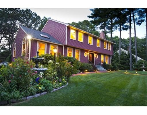 Single Family Home for Sale at 8 Nancy Road Natick, Massachusetts 01760 United States