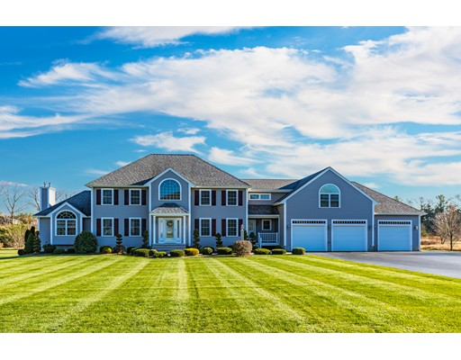 独户住宅 为 销售 在 41 Burt Berkley, 马萨诸塞州 02779 美国