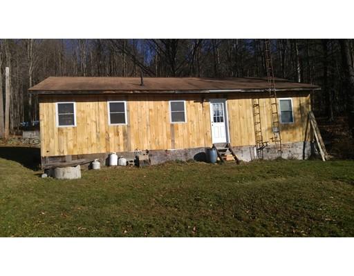 独户住宅 为 销售 在 34 Bromley Road Chester, 马萨诸塞州 01050 美国