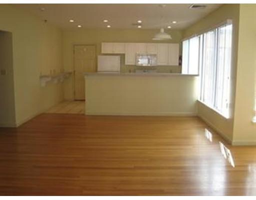 独户住宅 为 出租 在 31 Channing Street 牛顿, 02458 美国