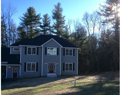 Casa Unifamiliar por un Venta en 17 Meredith Lane Sturbridge, Massachusetts 01518 Estados Unidos
