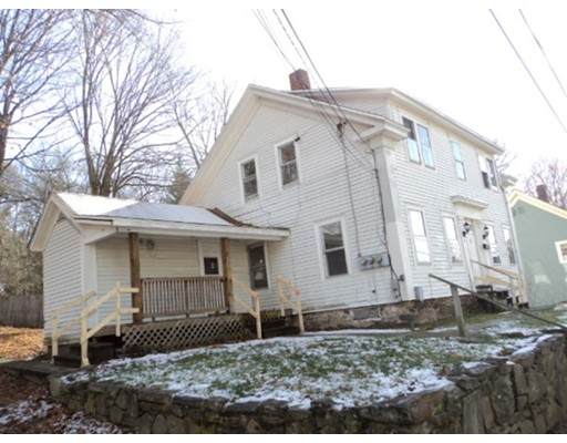 Casa Multifamiliar por un Venta en 9 Lyon Street Putnam, Connecticut 06260 Estados Unidos