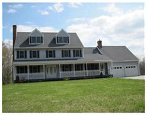 独户住宅 为 销售 在 50 Fiske Mill 厄普顿, 马萨诸塞州 01568 美国