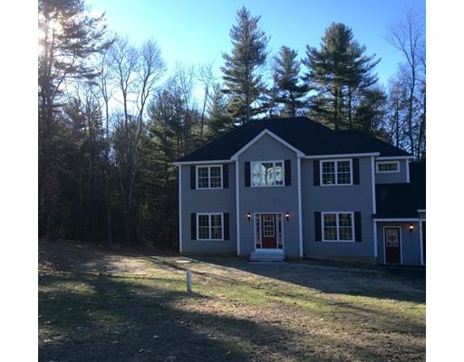Частный односемейный дом для того Продажа на 5 Hyde Road 5 Hyde Road Charlton, Массачусетс 01507 Соединенные Штаты