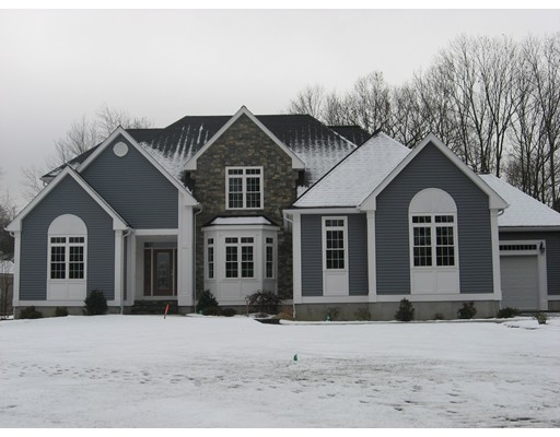 Single Family Home for Sale at 18 Greenleaf Farms Circle Shrewsbury, Massachusetts 01545 United States