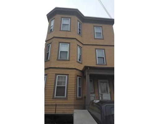 Casa Multifamiliar por un Venta en 107 Congress Avenue Chelsea, Massachusetts 02150 Estados Unidos