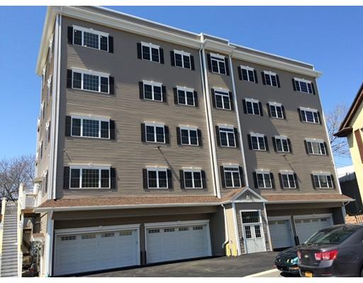 Многосемейный дом для того Продажа на 473 Revere Beach Parkway Revere, Массачусетс 02151 Соединенные Штаты