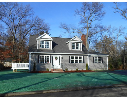 8 Chandler Rd, Wilmington, MA 01887