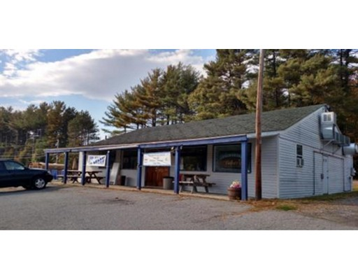 Commercial pour l Vente à 22 Glebe Road 22 Glebe Road Chesterfield, New Hampshire 03462 États-Unis