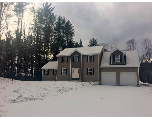 Single Family Home for Sale at 4 Boyd Road Londonderry, New Hampshire 03053 United States