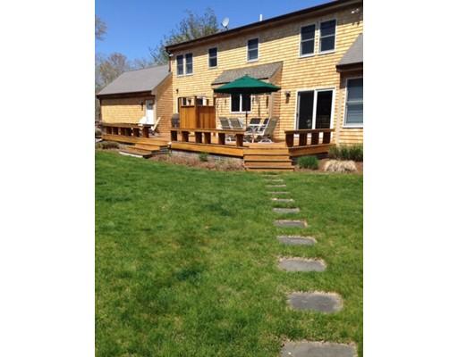 Maison unifamiliale pour l Vente à 49 Post Oak Road Chilmark, Massachusetts 02535 États-Unis