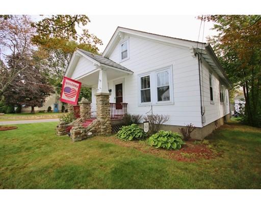 Частный односемейный дом для того Продажа на 315 N Main Street North Smithfield, Род-Айленд 02896 Соединенные Штаты