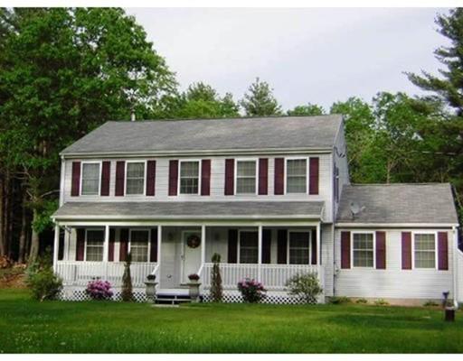 Casa Unifamiliar por un Venta en 439 Alpine Drive Southbridge, Massachusetts 01550 Estados Unidos