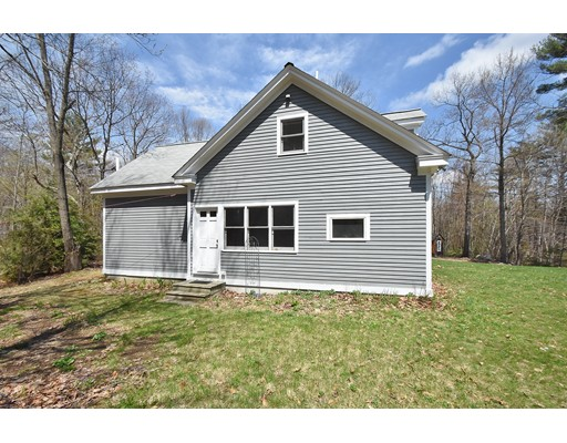 Single Family Home for Sale at 537 Fitchburg State Road Ashby, Massachusetts 01431 United States
