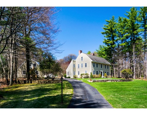 Single Family Home for Sale at 97 Bogastow Brook Road 97 Bogastow Brook Road Sherborn, Massachusetts 01770 United States