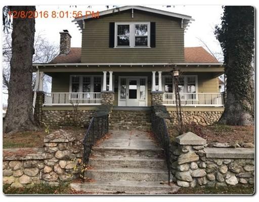 独户住宅 为 销售 在 87 Kermit Street Woonsocket, 罗得岛 02895 美国