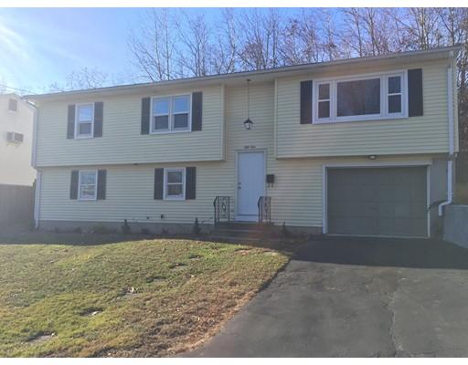 独户住宅 为 销售 在 51 Burton Street Cranston, 罗得岛 02920 美国