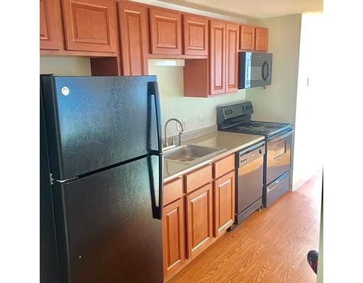 Casa Unifamiliar por un Alquiler en 151 Sea Street Quincy, Massachusetts 02169 Estados Unidos