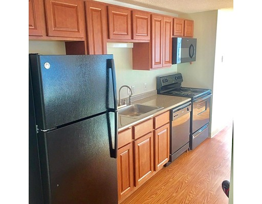Additional photo for property listing at 151 Sea Street  Quincy, Massachusetts 02169 Estados Unidos