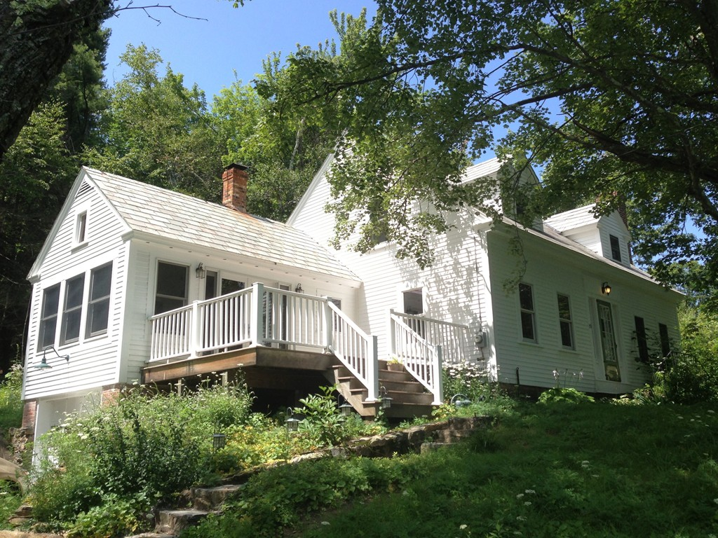 Property for sale at 39 N Main St, New Salem,  MA 01355