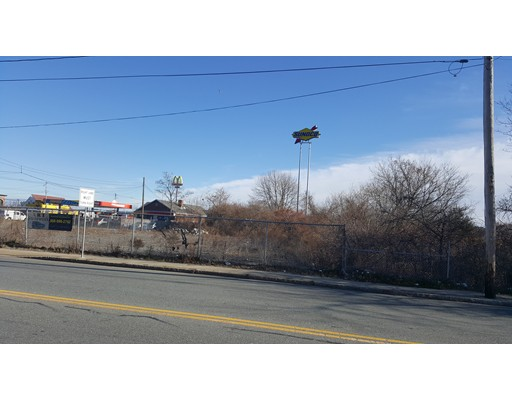 Additional photo for property listing at Belleville Ave (Es)  New Bedford, Massachusetts 02740 United States