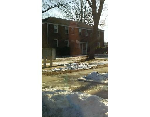 Maison unifamiliale pour l à louer à 47 Colony Road West Springfield, Massachusetts 01089 États-Unis