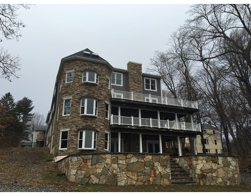 Single Family Home for Sale at 85 Fort Meadow Road Hudson, Massachusetts 01749 United States