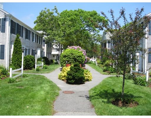 Appartement en copropriété pour l Vente à 15 Pleasant Street Harwich, Massachusetts 02646 États-Unis